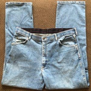 Men's Wrangler Jeans Size 38x32